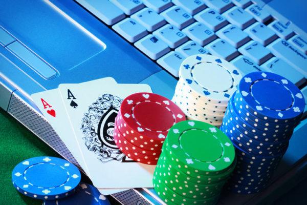 E' veramente possibile guadagnare con il Poker online?